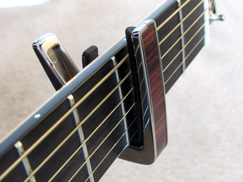 Thalia capo - bottom placement