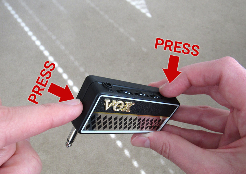 To switch between an effect's 3 modes, simultaneously press the channel-change (power) button and the FX button