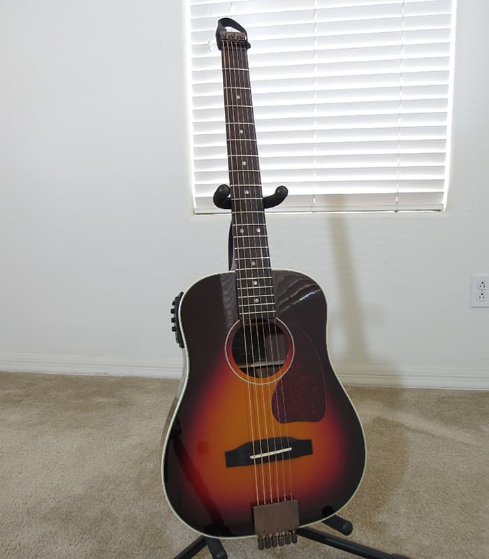 Traveler Guitar AG-450EQ front view