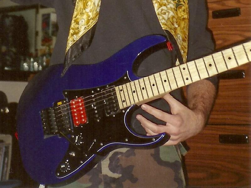 My 1990 Ibanez RG550 (circa 1994)