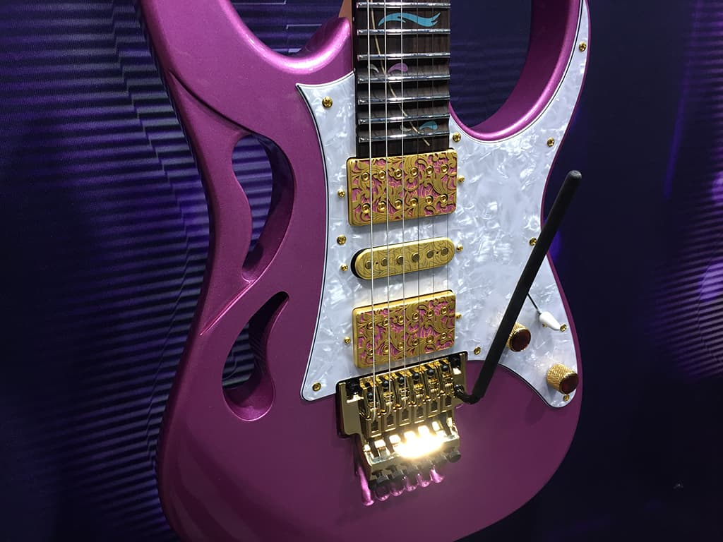 The new Ibanez Pia in purple